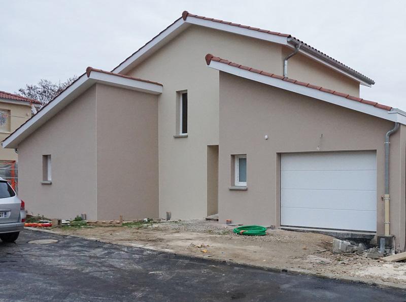 Construction de Maison Neuve aux Portes de Lyon