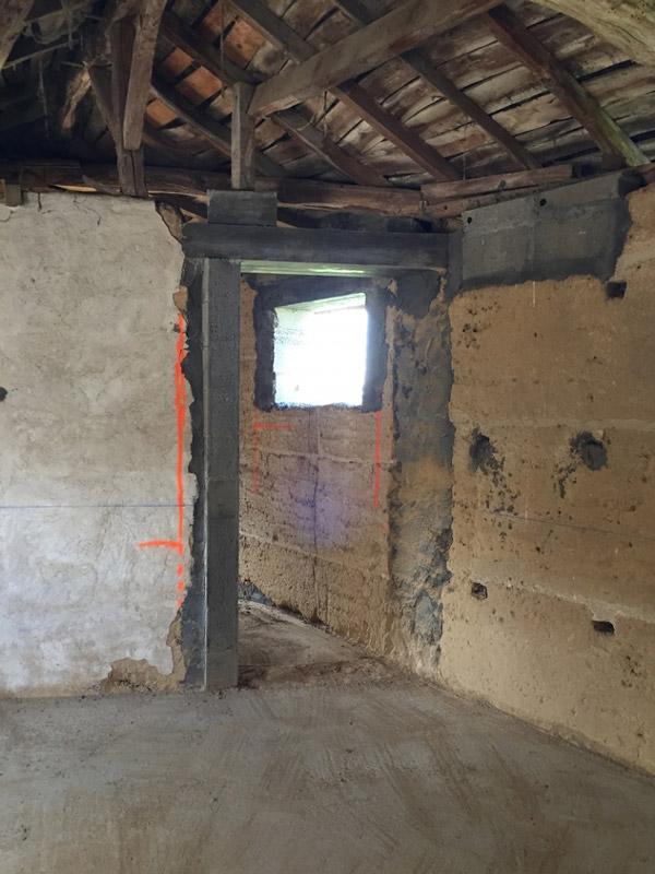 rénovation de corps de ferme en pisé  Aménagement & rénovation